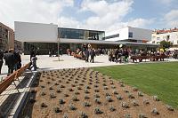 Clica en la imatge per veure més gran  Nom:  centre_cultural_merce_rodoreda (1).jpg Vistes: 36 Grandària:  119,6 KB